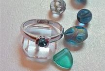 Avant Artisan jewelry / Supporting modern Artisan jewellery designers