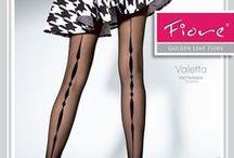 Fiore PE2015 / Fiore est une marque polonaise spécialisée dans les bas et collants fantaisie. Le choix et la qualité des ses produits proposés sont reconnus dans le monde entier. Chics, glamour et séduisantes, les collections Fiore apportent aux femmes un charme inconditionnel et une féminité sans limites.