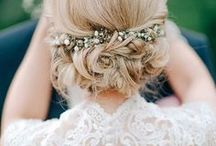 Wedding Hair / Romantic Wedding Hairstyle Inspiration: Ideas Including Half Up and Updo for Both Long and Short Hair, Retro and Vintage (Maybe With Veil), Boho Style with Flowers… Everything That Will Make You Gorgeous.
