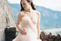 M O U N T A I N W E D D I N G S / Beautiful mountain wedding inspiration. #mountainweddings