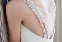 G O W N S & D R E S S E S / Beautiful wedding gowns and dresses in a variety of styles. #weddingdress