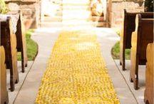 Y E L L O W W E D D I N G S / Vibrant yellow wedding ideas #yelloweddings
