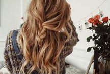 beauty / Messy, natural, beachy hair.
