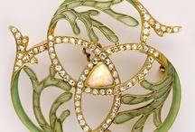 Nouveau Jewellery