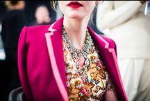 Looks / by Julie Brouillette