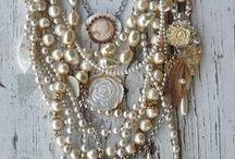 Jewelry / by Kindra Cobia
