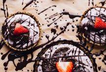 Sweets / no sugar, gluten free, healthy bites, chocolate
