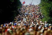 Vierdaagse Nijmegen / The Walk of the World! De Vierdaagse van Nijmegen is een groots evenement waaraan mensen uit de hele wereld meenemen. Elke dag 30, 40 of 50 km lopen in één van de gezelligste evenementen van Nederland - en tevens perfect promotiemoment met honderdduizenden bezoekers!