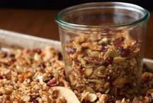 Healthy food / Salads, overnight oats, bread