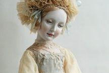 dolls dolls