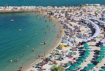 Kust en zee / la costa e mare - Le Marche / Le Marche heeft een prachtige kustlijn met mooie (familie) stranden. Ook eet je er in de kleine restaurantjes aan zee, de lekkerste visgerechten.