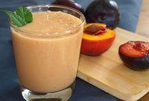 Batidos/Smoothies and milkshakes / Batidos de frutas con leche y licuados de frutas y verduras.
