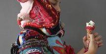Wearables / Op dit bord vind je textielkunst die draagbaar is, of zou kunnen zijn.