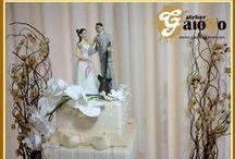 Noivinhos e outros topos de bolo / Exclusivos topos de bolos para casamentos, debutantes e outras ocasiões feitos por mim, com todo amor, cuidado e carinho.