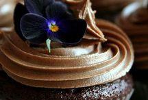Bruna toner / Inredning, mode, djur & natur. Varm choklad, te, latte, kaffe, kanel & mörk choklad.... Alla toner av brunt i en dov mix skapar en varm lugn ombonad känsla. Vackert & mysigt!