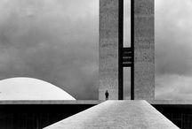 """Arq.00.Arquitectura / El mot arquitectura ve del grec «αρχ» (cap, xef, qui té el comandament) i «τεκτων» (constructor o fuster). Així tenim que pels antics grecs l'""""arquitecte"""" era el cap de la construcció i l'arquitectura era la tècnica o l'art de qui projecta i construeix els edificis i les estructures; pels antics grecs, el mot «Τεχνη» (techne) significa art o capacitat de fer alguna cosa.de  / by Lluís J. Duart Paradell"""