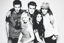Vampire Diaries / Such an awesome tv series!