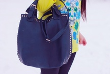 Bloggers wearing Signity