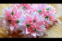 kvety z 2,5cm stuhy