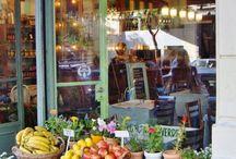 krámečky, kavárničky a trhy - stalls, cafes and markets
