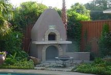 PIZZA OVENS IN THE GARDEN / Wood fired pizza ovens in the backyard!