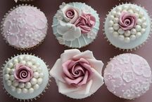 Cup cakes / Food