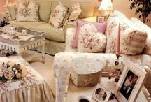 Design: Cottage-Shabby Chic  / by Angie Rowe
