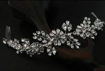 Romantic floral accessories / Floral bridal accessories