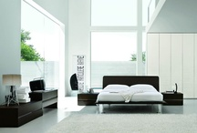 Master Bedroom Sets Collection / Italian bedrooms are today designed according to modern parameters. To get the modern Italian look for your bedroom, you need to get beds and furniture that have clean lines, and an uncluttered style. Function, mood and harmony are the factors that spell the difference between designer bedroom and the usual. Here is a chance to do something extraordinary for yourself - choose a modern Italian bedroom, contemporary bedroom suite from our exclusive European, designer collection.