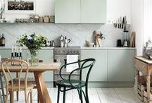 konyha és közös asztal :D stratégiai fontosság...