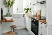 White Kitchen / Inspiration for a kitchen in modern farmhouse style with a little Scandinavian touch