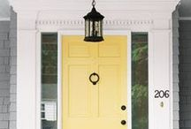 Spring Doors 101 by Havertys Furniture / Refresh your entryway for Spring guests with these colorful tips! / by Havertys Furniture