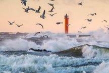 маяк море