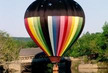 Mongolfières - hot air balloon / by ChansLau