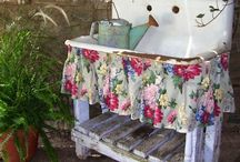 Outdoor vintage kitchen / Somewhere to wash plant pots and garden bits that won't block the drains.