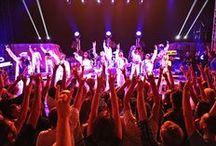 Concerts éditions précédentes / Au Théâtre de la mer de Sète, à Poussan, Balaruc et Marseillan . Photos : Pierre Nocca #concert #live #fiestasete
