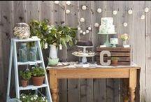 TABLE PRINTANIÈRE / SPRING TABLESCAPES / Des fleurs pour votre brunch ce printemps --- Spring Brunch Flower Ideas.