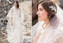 Wildflower Editorial Inspiration / Style your summer wedding with wildflower inspiration and boho-chic beauty.