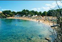 Ibiza - Occidental Ibiza / Un nuovo stile moderno e funzionale, e un ottimo rapporto qualità/prezzo. E' formato da 9 blocchi bassi che si sviluppano attorno alle piscine; un comodo servizio di autobus di linea (fermata a 50 m) collega il centro di San Antonio (a 6 km), l'aeroporto e la città di Ibiza (a 20 km).