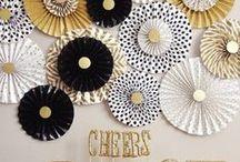 party like...GOLD // GOLD THEMED PARTY / Goldene Zeiten stehen bevor - Ideen für eine GOLD-PARTY: Geschenke, Partydeko, Sweet-Table und Candy-Bars, Partyfood und Getränke, Spiele/Aktionen, Geschenke usw.  Gold times ahead - ideas for a GOLDEN-COLOURED themed Party:  Gifts, Party decorations, DIY's, sweet table and candy bars, partyfood 'n Drinks, games, fun stuff!