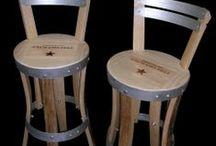 chaise de bars, chaise haute / Chaise haute , réalisé en douelle de tonneaux, assise en estampe de châteaux, différents niveaux de finitions, notre collection sur: www.douelledereve.com