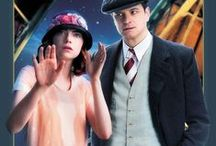 Magic in the Moonlight / Home Entertainment Release: 17 December 2014  Buy Blu-ray: http://bit.ly/1wYwZom Buy DVD: http://bit.ly/1xQjpSV  Buy on iTunes: http://bit.ly/10MbnRf   Set in the 1920s on the opulent and idyllic Riviera in the south of France, Woody Allen's MAGIC IN THE MOONLIGHT is an enchanting romantic comedy starring Colin Firth and Emma Stone.