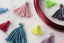Pompoms & Tassels ☆ / The trend of this moment: Pompoms and Tassels! At our Wholesale Snowfall Beads you will find pompoms and tassels in all kinds of colors.