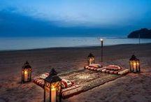 Oman / Choisir Oman pour les déserts chauds aux dunes rouges et or, et les eaux douces et cristallines du Golfe d'Oman et de la Mer d' Arabie.