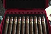 Weekly Lottery / These are a few nice pictures of the cigar boxes we have shipped for free to our loyal customers. Check out our social media pages to be in to win yourself.