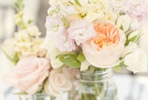 FLORAL Arrangements / Floral combinations that I like / by Melinda Hase