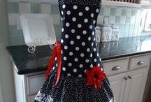 Aprons / by Jan Duncan