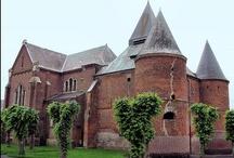 Cathédrales, Eglises, Chapelles, Abbaye de France / by Arlette Bedel