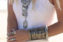 #Love the Bling and more / Hello everyone!!! Please only jewelry pins!! Thanks!!