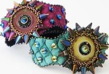 art jewelry - beaded
